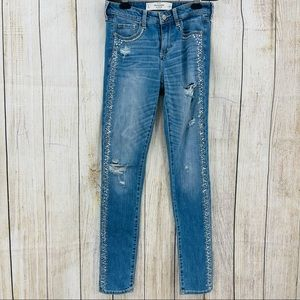 Abercrombie & Fitch crystal embellishments jeans
